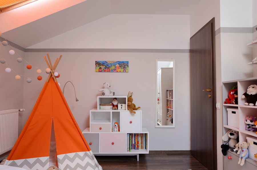 simona-ungurean-homestyling-design-interior-camera-copii-kids-bedroom-design-orange-beige_07