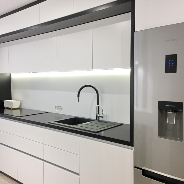 simona-ungurean-homestyling-design-interior-apartament-black-and-white-6