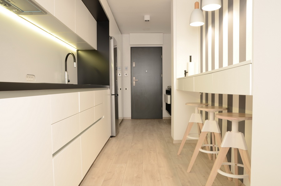 simona-ungurean-homestyling-design-interior-apartament-black-and-white-apartment-16