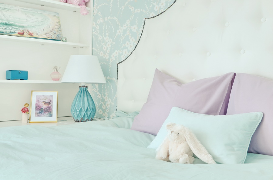 simona-ungurean-homestyling-girl-room-aqua-purple-design-camera-fete-1
